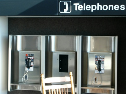 How to Call a Pay Phone
