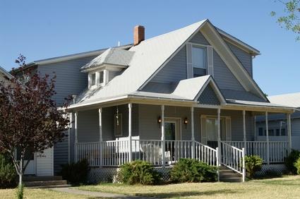 C mo adherir un nuevo techo a uno existente ehow en espa ol for Building onto your existing home