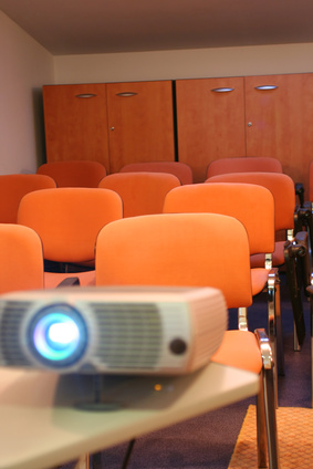 What Are the Functions of Data Projectors?