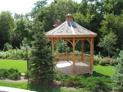 Turn a gazebo into a romantic wedding setting