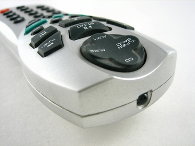 How to Program a Samsung Remote for a Sony DVD/VCR