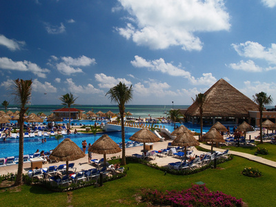 trip tips friendly cancun resorts article