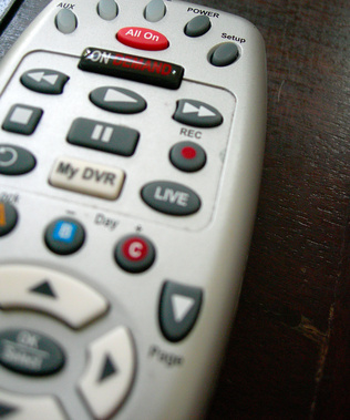 How to Program a GE 4 Device Universal TV Remote Without