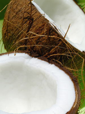 What Are the Benefits of Coconut Juice?