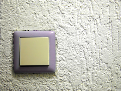 How Does a Momentary Switch Work?