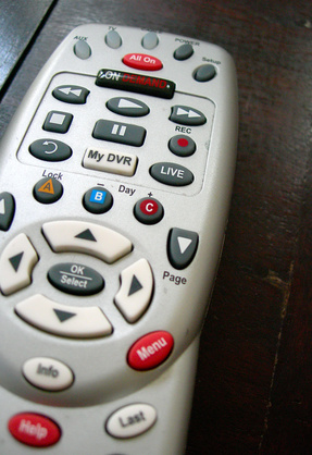 How to Program a Comcast Remote to a Samsung TV