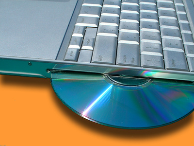 How to Transfer an iPhoto Album to a PC