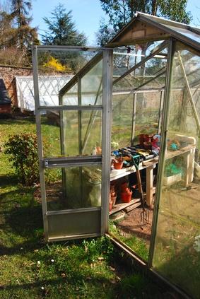 Greenhouse Gardening For Beginners Garden Guides