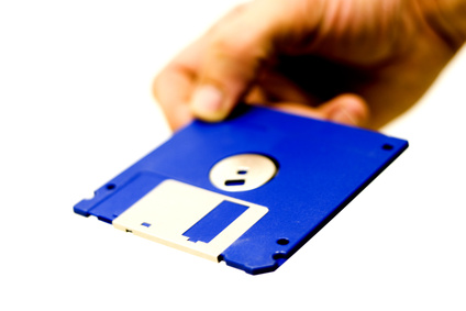 How to Transfer a Floppy Disk to a CD