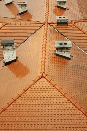 C mo calcular la superficie de un techo a cuatro aguas - Tejado a cuatro aguas ...