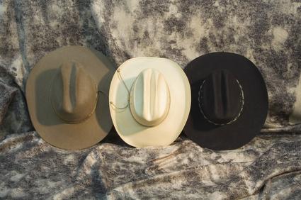 C mo construir un perchero para sombreros ehow en espa ol - Percheros para sombreros ...