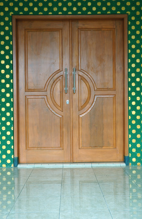 Step by step information on installing french doors ehow uk for Installing french doors