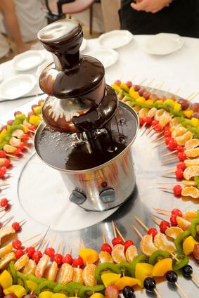 Cómo Utilizar Una Fuente Para Chocolate Para Servir Otros Tipos De Fondue