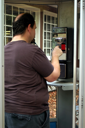 How to Make a Collect Call to a Cell Phone
