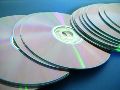 How to Remove a CD That is Stuck in a CD Player