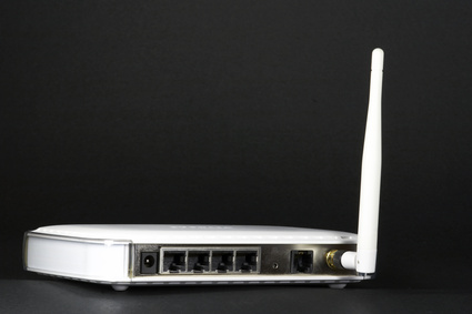 How to Hook Up a Wireless Router to a Modem
