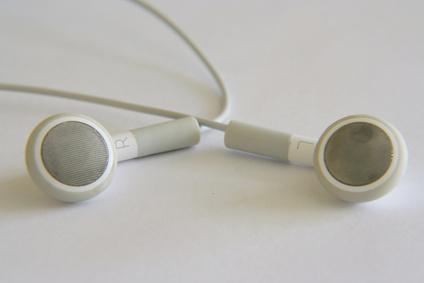Do Earphones Damage Ears?