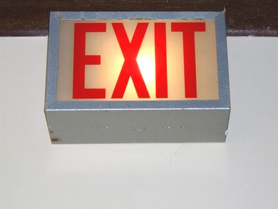 How to Troubleshoot an Emergency Exit Sign