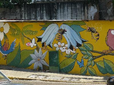Ideas para murales en paredes exteriores ehow en espa ol for Jardines murales