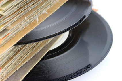 How to Troubleshoot Skipping on a Vinyl Record