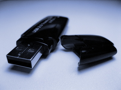 How to Repair a Toshiba 8GB Flashdrive
