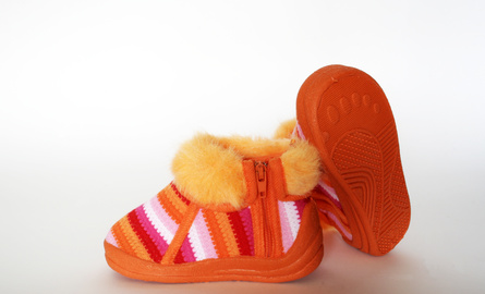 Cómo tejer en bastidor zapatitos para bebé | eHow en Español