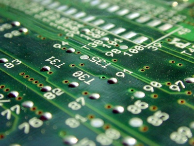 How to Clean Electronic Components