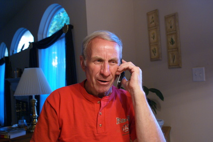Cordless Phones That Cater to Seniors