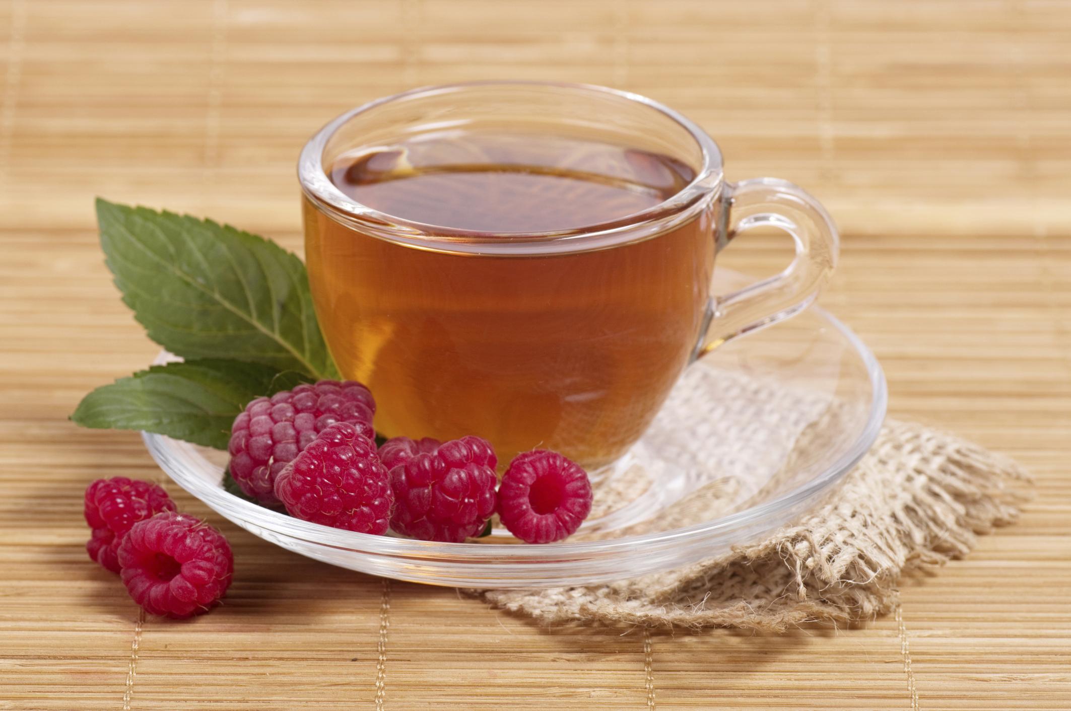 Tea with raspberries: the benefits and harm, recipe 35