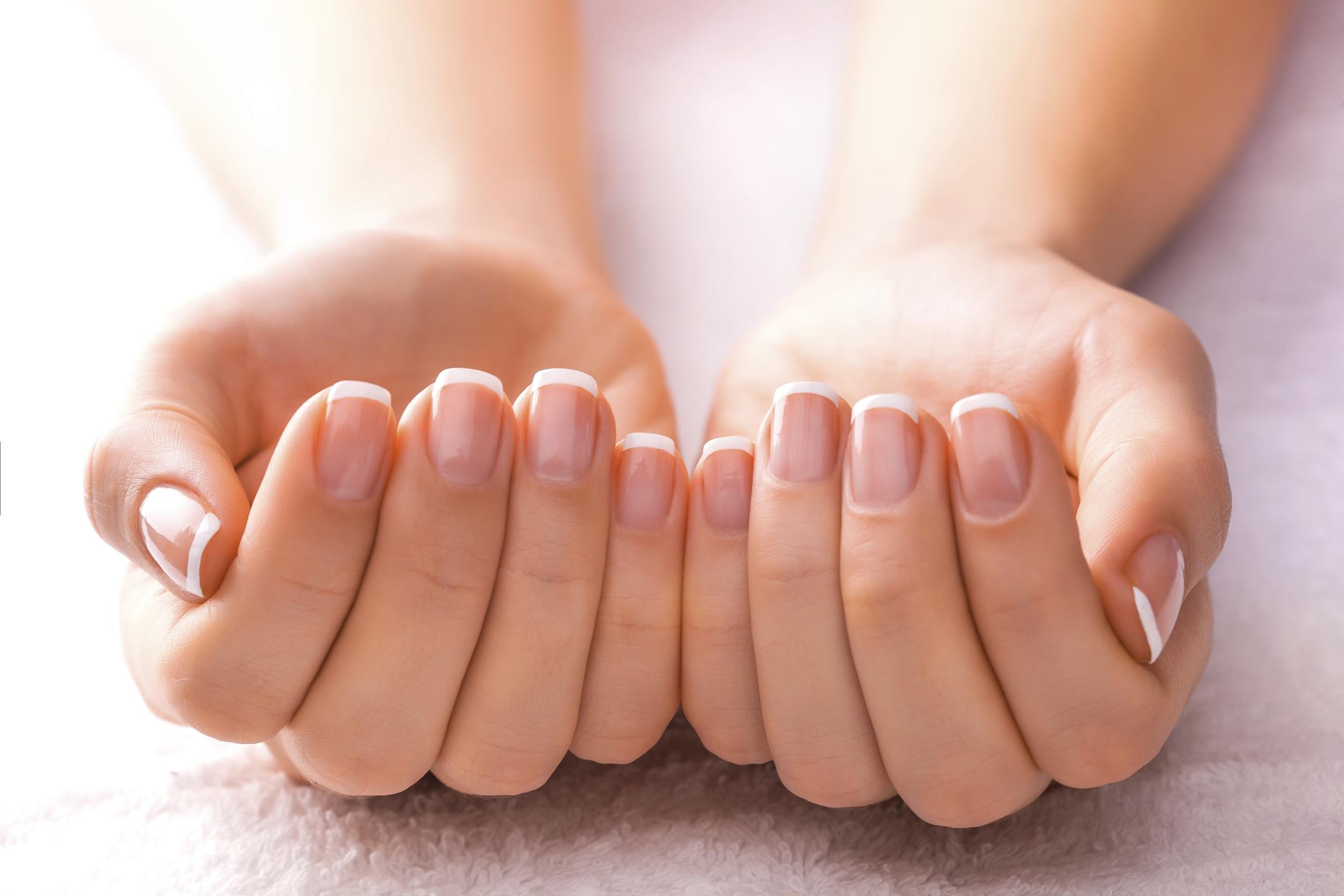 Vitamin B-12 & Fingernails | LIVESTRONG.COM