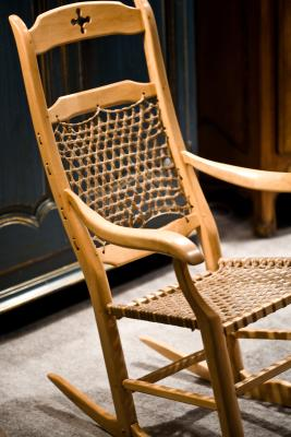 how to upholster early american style rocking chairs with cushions