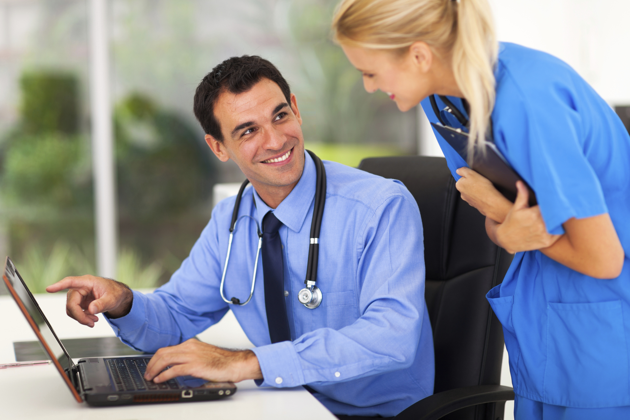 what does a medical assistant do in a urology office