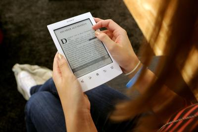 Do Kindles Come in Color? | It Still Works
