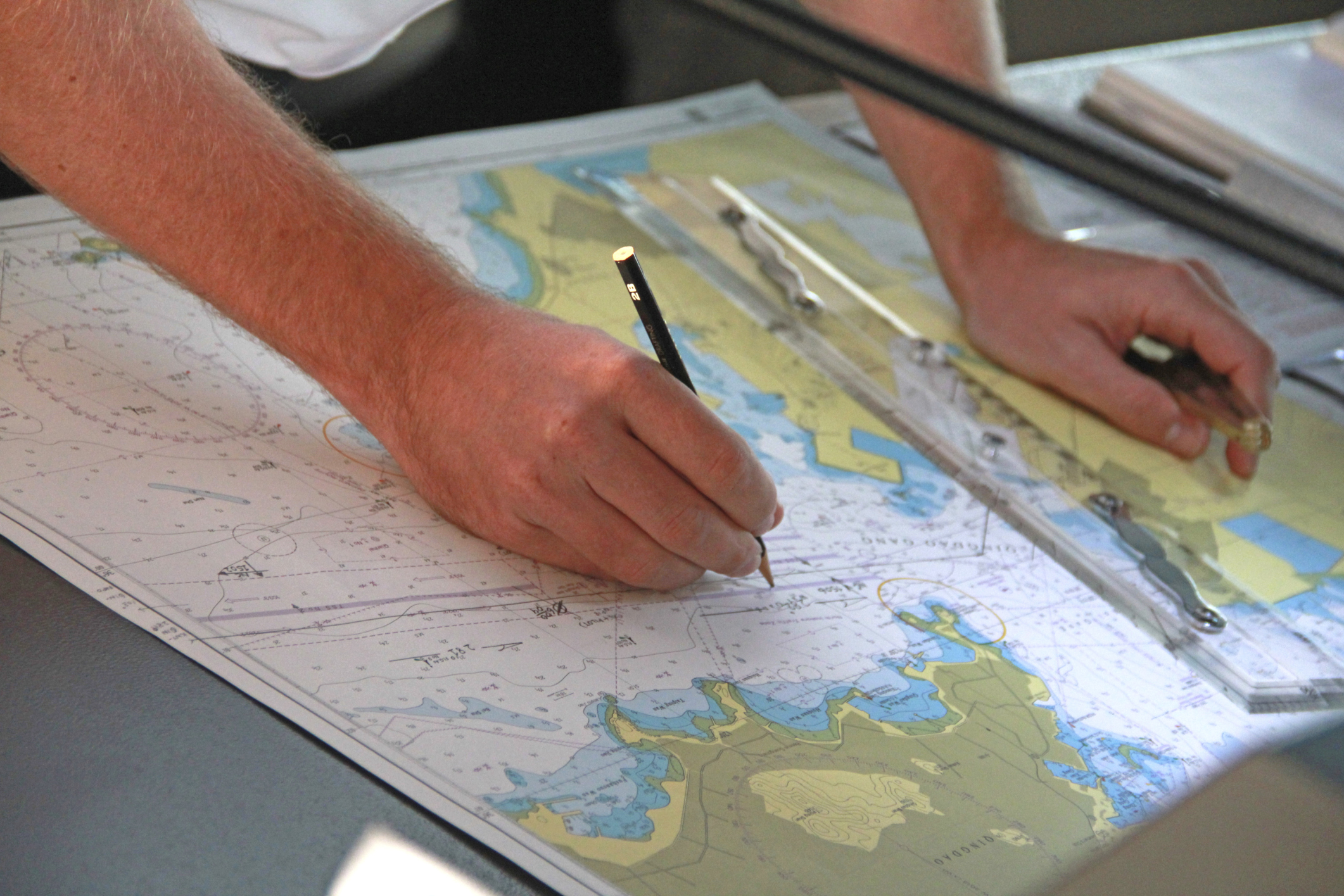 what are the tools used by a cartographer