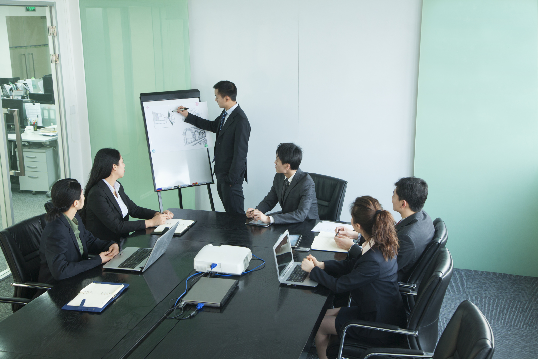 What Is the Purpose of an Oral Presentation? | Bizfluent