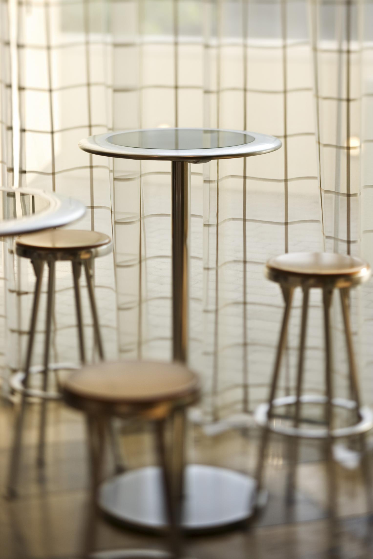 La mejor altura de una silla para una mesa de barra |