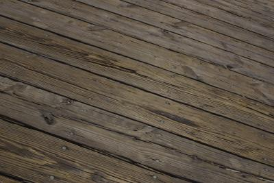 How To Resurface Cracked Amp Splintered Wood Decks Home