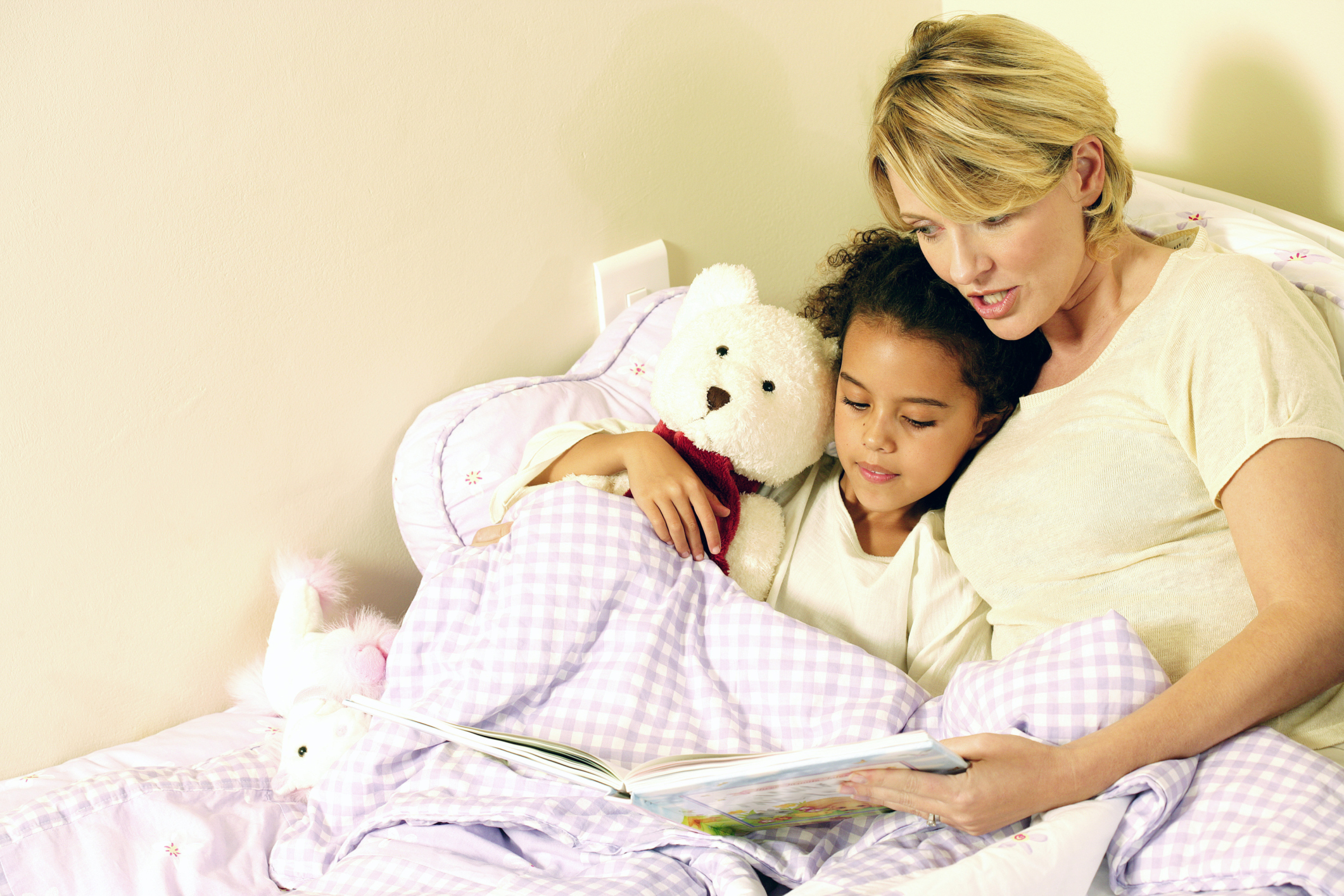 bedtime sleep and child When will your child sleep through the night how many naps are normal now  stick to a bedtime routine and sleep schedule, make sure your kids understand the rules and be consistent about .