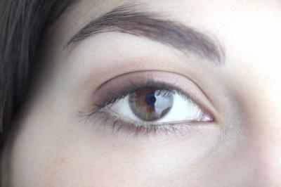 Pros & Cons of Permanent Eyebrows