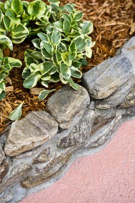 Diy Faux Rock Curved Raised Garden Beds Home Guides