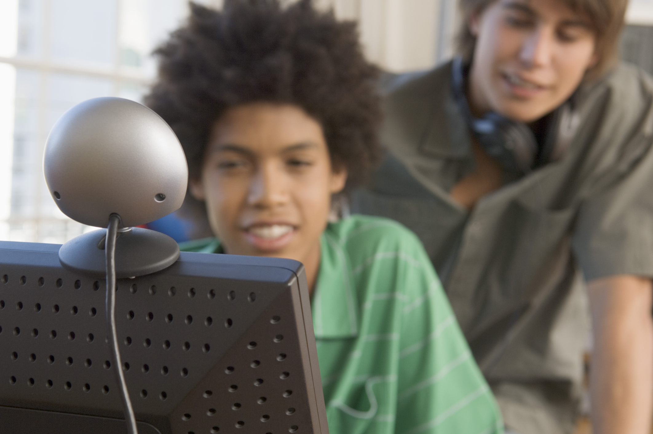 How to Make Another Person's Webcam Clearer in Skype | It