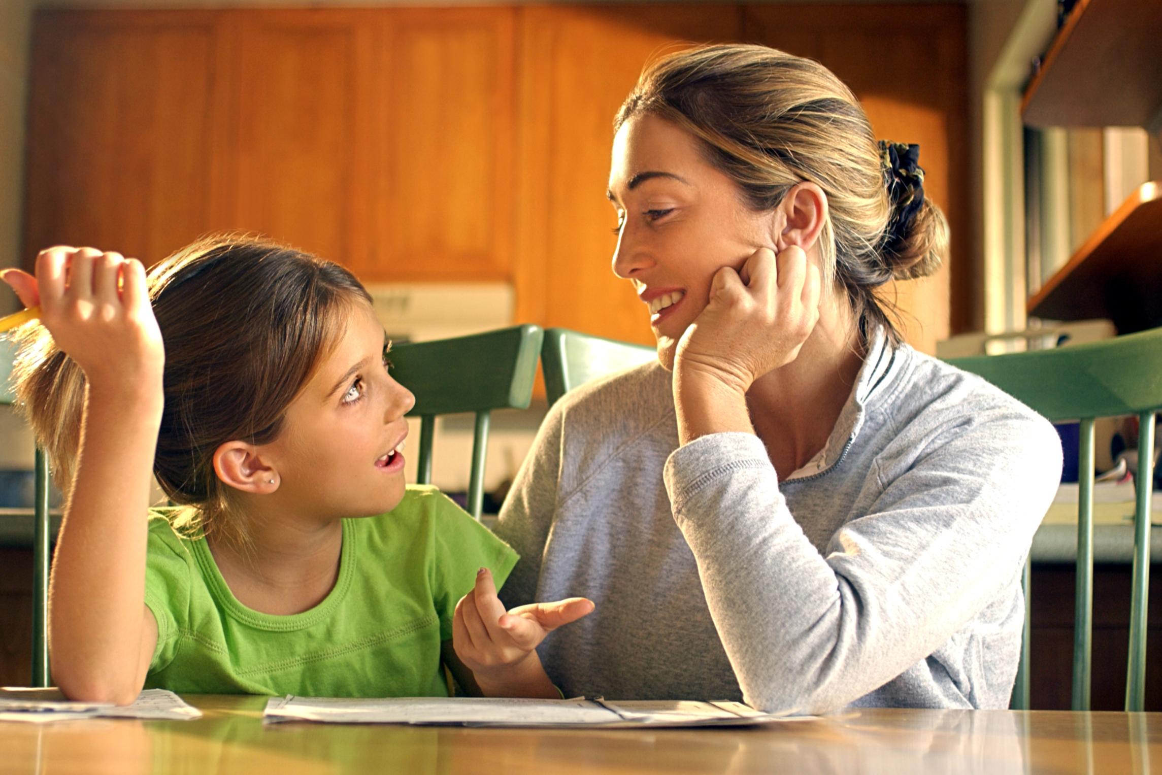 hablar con niños