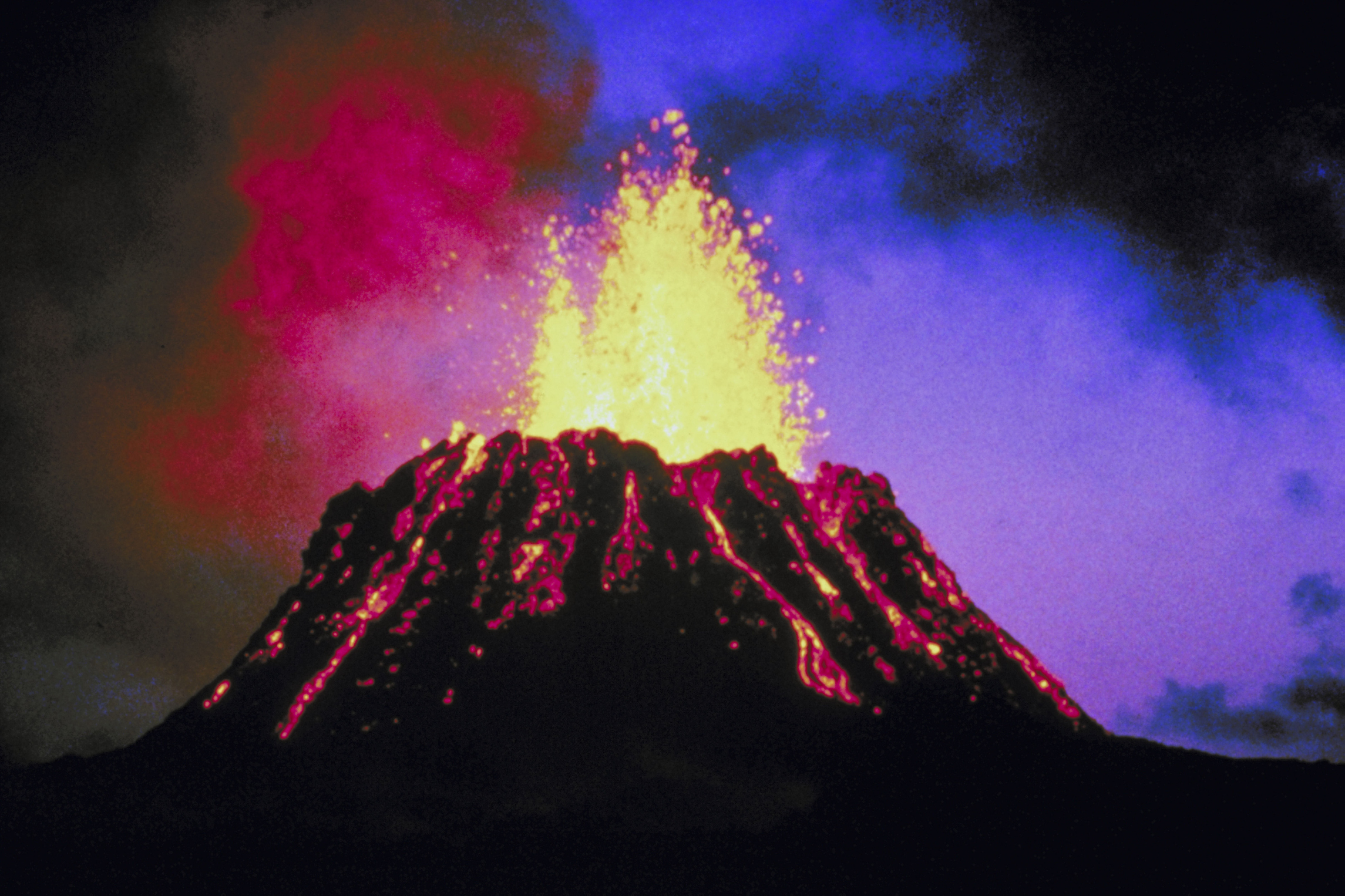 How to make a volcano erupt for a science project