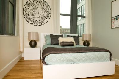 Narrow bedroom layout ideas home guides sf gate for Narrow bedroom ideas