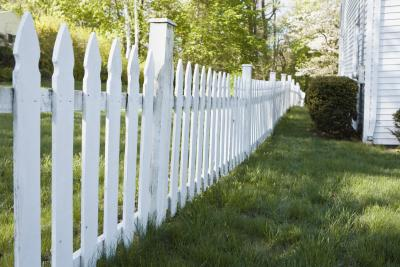 How To Kill Weeds On A Fence Line Home Guides Sf Gate