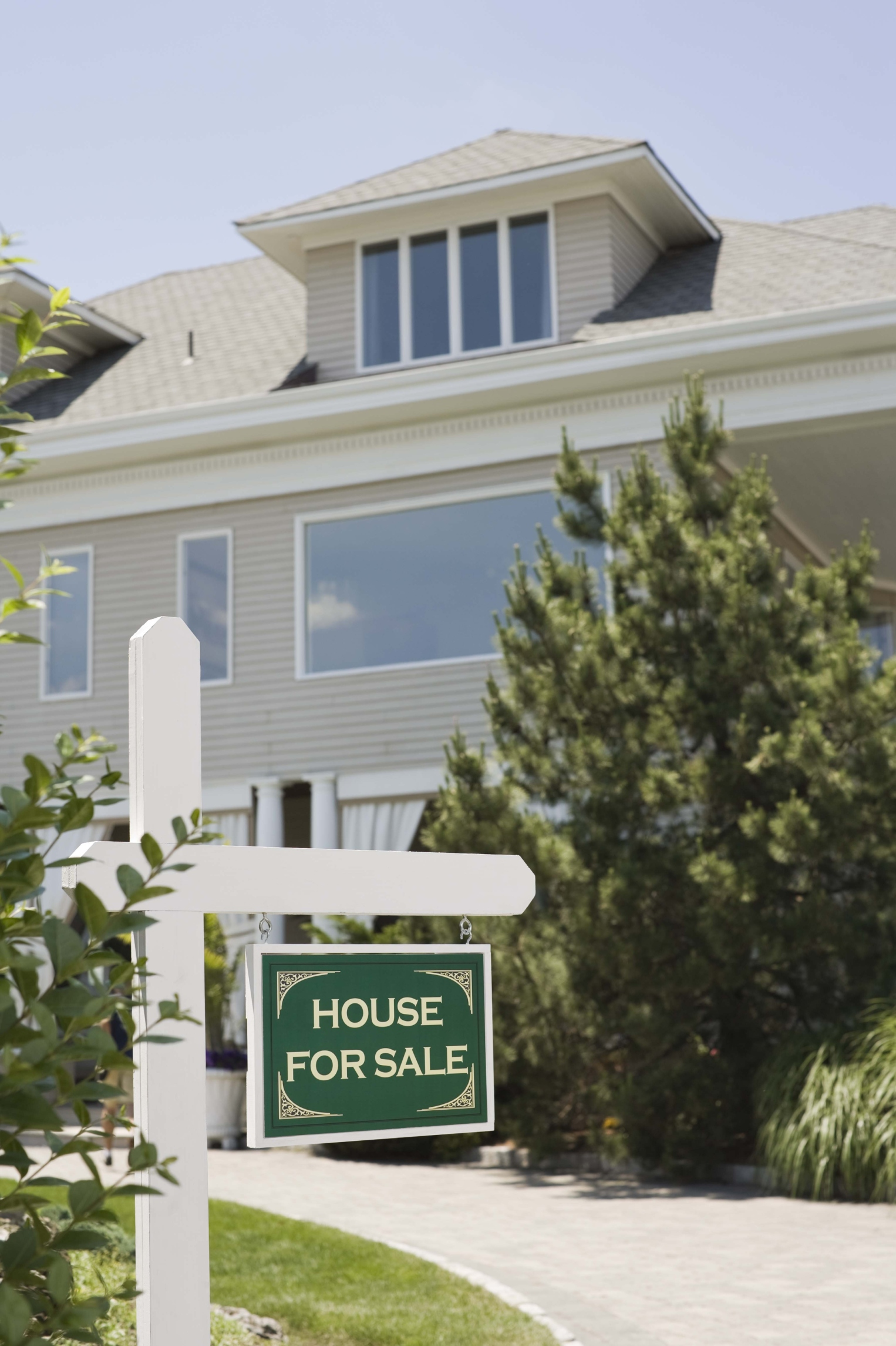 How to Remove Foreclosure From Your Credit Report   Pocketsense