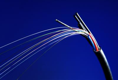 Two-point bending tests are used frequently in the optical fibers industry.