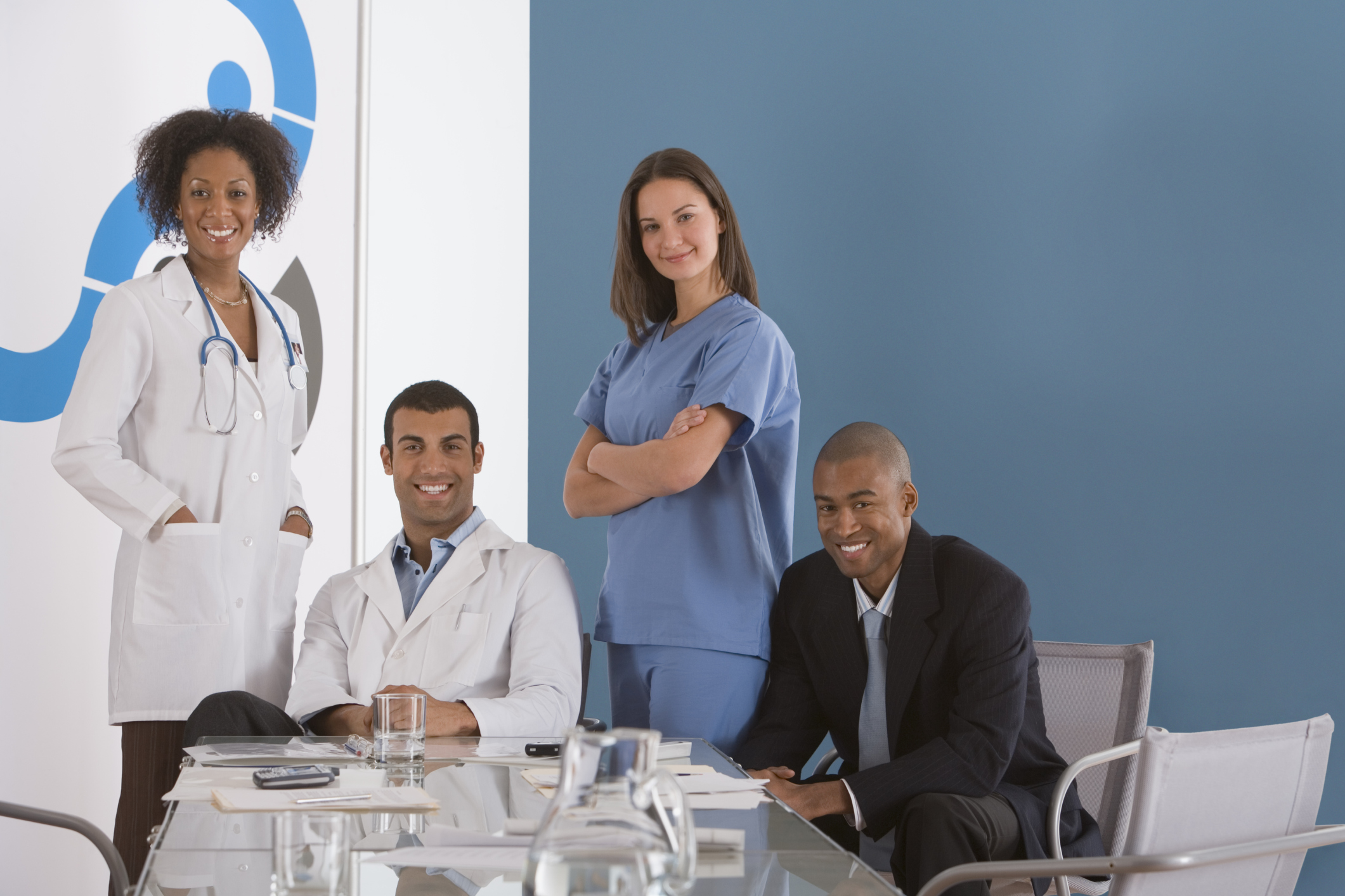 how to become a hospital administrator in canada