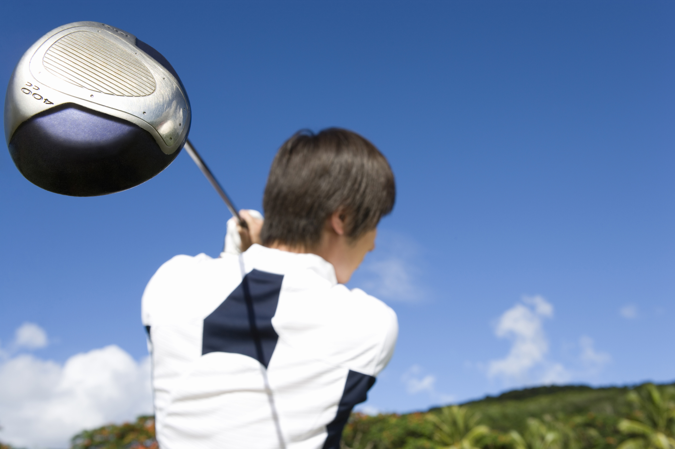 What Is the Proper Wrist Action for a Golf Swing?