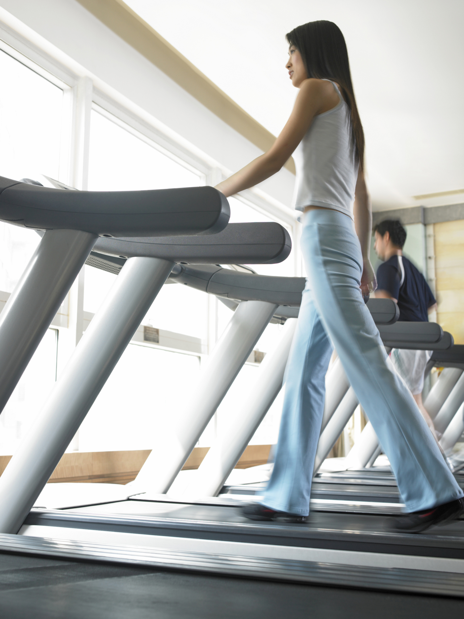 How to Lose 20 Pounds on a Treadmill Walking Uphill ...